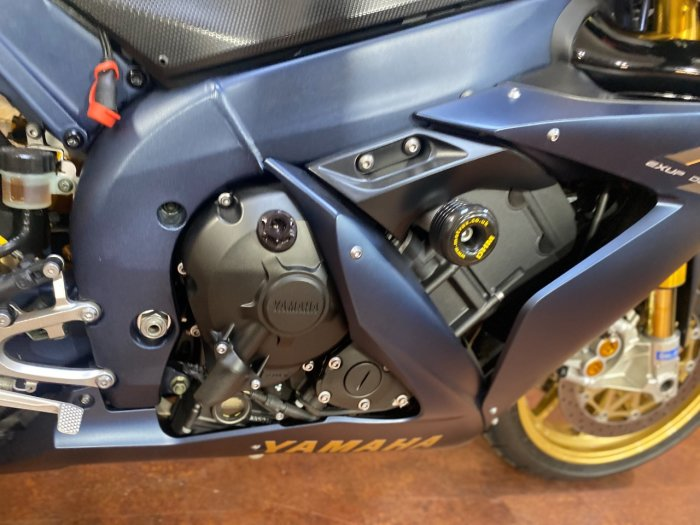 Yamaha YZF-R1 YZF R1 2006 SP Super Sports Petrol Black