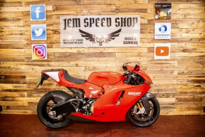Ducati Desmocedici RR DESMOSEDICI ROSSO GP Super Sports Petrol RedDucati Desmocedici RR DESMOSEDICI ROSSO GP Super Sports Petrol Red at Bikes for Cash Batley